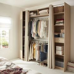 Grand A Dressing Room In A Small Room Is Possible! #dressing #possible #small.  Kit Dressing Avec RideauChambre ...