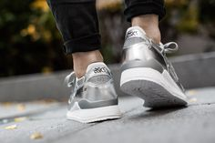 ASICS GEL LYTE III 'CHAMPAGNE PACK' SILVER/SILVER available at http://www.tint-footwear.com/asics-gel-lyte-iii-hl504-9393 asics gel lyte 3 III silber silver sneaker tint footwear studio