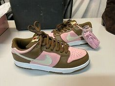 Dr Shoes, Swag Shoes, Hype Shoes, Me Too Shoes, Vans Shoes, Jordan Shoes Girls, Girls Shoes, Sneakers Fashion, Fashion Shoes