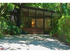 """Mid-Century Modern """"Miniature Dreamhouse"""" in Laurel Canyon by Bissner and Zook - New to Market - Curbed LA"""