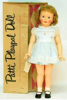 Ideal Patti Playpal in Original Box. I think I'd really like to have a vintage Patti Playpal someday. Right now I have a modern day Patti Playpal and a AA Playpal Wannabe. New Dolls, Dolls Dolls, My Childhood Memories, Childhood Toys, Retro Toys, Hello Dolly, Antique Toys, Old Toys, Vintage Dolls