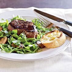 These meat-based main dishes use fresh ingredients and healthy fats to create heart-smart meals that are filling and fast.