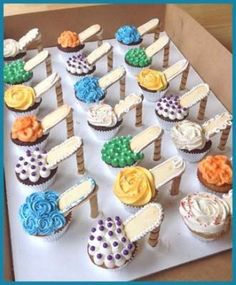 30 of the Cutest Cupcakes in the World--I WANT THESE!
