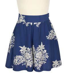 Introducing the Trashy Diva High-Waist Shorts in the newest  collection Blue Hawaii!