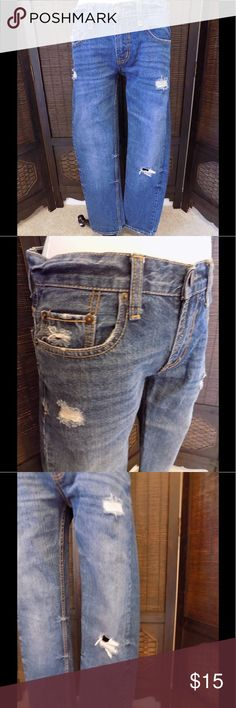"""Aeropostale Bowery Slim Straight Jeans Size 29/30 Slim straight fit denim jeans Sits extra low at waist Factory tatters and tears Embroidered back pockets                                       Size 29 waist, 38 hip, 30 inseam and 9 """" rise.      I think they are men's......but no reason why women couldn't wear them!😊 Aeropostale Jeans Straight Leg"""