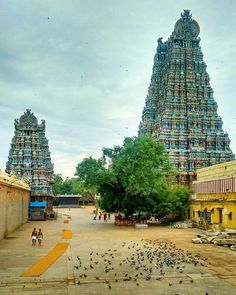 Temple India, Hindu Temple, Indian Temple, Indian Architecture, Ancient Architecture, Beautiful Sites, Beautiful World, Wonderful Places, Beautiful Places