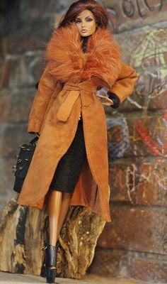 dollsalive fashion royalty,FR2 ,R-EVOLUTION  Orange outfit,leather shoes,bag