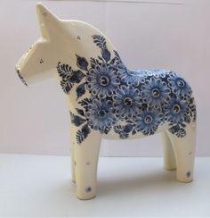 Lappland, Swedish Decor, Swedish Design, Scandinavian Folk Art, Swedish Christmas, Wooden Horse, Blue Horse, Horse Sculpture, Mid Century Art