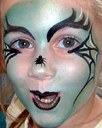 DIY Witch Face Paint #DIY #Witches #Halloween #HalloweenCostumes #Costumes #FacePainting #Birthdays #Birthday #Parties #Party