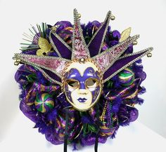 Mardi Gras Purple,Green and Gold Deco Mesh Door Wreath With Large Jester Mask by Crazyboutdeco on Etsy Mardi Gras Wreath, Mardi Gras Decorations, Deco Mesh Wreaths, Door Wreaths, Jester Mask, New Orleans Mardi Gras, Silk Flower Arrangements, How To Make Wreaths, Silk Flowers
