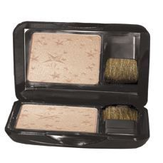 Stars align as you stand in the spotlight with this sheer and luxurious finishing powder. Formulated to capture light with the perfect mix of pigments and pearls for a multi-reflective finish, adding a subtle hint of a radiant glow. Ideal for most skin tones. Hypoallergenic. Free of paraben, fragrance and oil Available at Kirkwood Pharmacy 302-384-6384