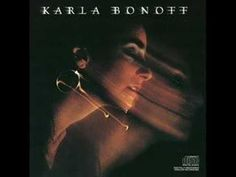 Falling Star(with lyrics)-Karla Bonoff.when I lived in Dallas in 78 my roommate and I wore thus album out.Then I was able to see her at Chataqua in Boulder CO in 91 or so and she was magical! Nostalgic Music, 70s Music, Music Songs, Rock Music, Music Videos, Miyazaki, Karla Bonoff, Linda Ronstadt, Falling Stars