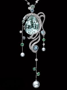Lorenz Bäumer 18K white gold pendant set with diamonds and pearls...WOW I wouldn't ware it but it sure is pretty to look at.