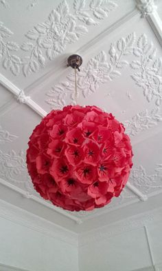 Red Paper Flower Hanging Light Shade by MelsCreativeDesigns, Diy Projects To Try, Craft Projects, Craft Ideas, Fun Crafts, Arts And Crafts, Flower Lights, Red Paper, Flower Crafts, Light Shades