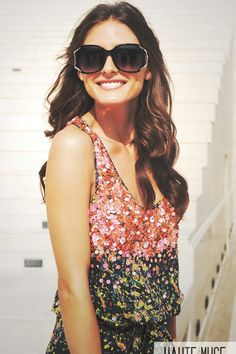 Olivia Palermo executes a beautiful brunette shade