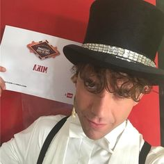 """Mi piace"": 19.9 mila, commenti: 583 - MIKA (@mikainstagram) su Instagram: ""AKIM is so happy to be here at Virginia Raffaele's show. See you next week June 7 on Rai 2!"""