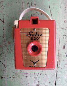Vintage Camera Sabre 620 Red Bakelite by VintageJunkInMyTrunk, $75.00