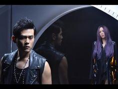 2016 Mandarin Chinese duet song 周杰倫 Jay Chou 張惠妹 A-Mei 不該 Bu Gai Shouldn't Be: lyrics, pinyin, English
