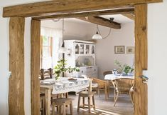 Richelle's Colonial style mixed with Marisa's Cottage style Beautiful Houses Inside, Oak Frame House, Interior And Exterior, Interior Design, House Inside, Art Of Living, Home Bedroom, Cottage Style, My Dream Home