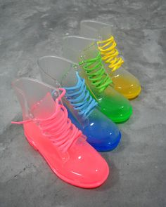 Over 14828 people liked this! Clear Rain Boots Color Soles Lace Up Ankle Waterproof Transparent Jelly Shoes √ Electric Festival Style with UD Transparent Shoes, Crazy Shoes, Me Too Shoes, Weird Shoes, Shoe Boots, Ankle Boots, Ugg Boots, Furry Boots, Mode Chanel