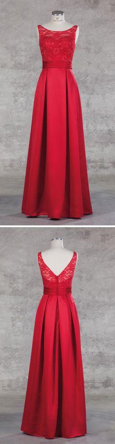 Isabel de Mestre Abendmode 2017 - Evenings Abendkleider Kollektion 2017 (Art.16E 014): Langes Abendkleid in Rot mit Spitze für einen glamourösen Auftritt.