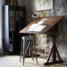 A fine, fine drafting table my kinda space чертежные столы, Rustic Furniture, Furniture Design, Studio Furniture, Drawing Desk, Drawing Board, Dream Drawing, Home Studio, Studio Table, Home Office