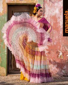 Colección 2019 Manuela Macías Moda Flamenca Flamenco Skirt, Tribal Dress, Wedding Costumes, Belly Dance Costumes, Folk Costume, Festival Wear, Traditional Dresses, Dance Wear, Body Painting