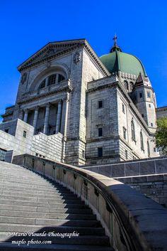 Vue de l'Oratoire St-Joseph ! Montreal Ville, St Joseph, Saint, Canada, Mansions, House Styles, Saint Joseph, Villas, Palaces