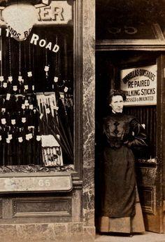 shops_0006A. Rickards, Umbrella Manufacturer, 30 Barking Rd, East Ham