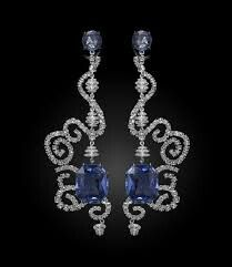 Diamonds and sapphires, By Carnet.