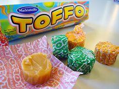 Toffo-toffee. Hyvä sitko. Heiluvat maitohampaat saivat 80-luvulla kyytiä toffo-avusteisesti. #kadonnutkasari #kasari