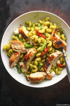 Kick start summer with this gorgeous Caprese Pasta Salad with Asparagus and Pan Fried Chicken--it's simple to make and is the perfect summer meal!
