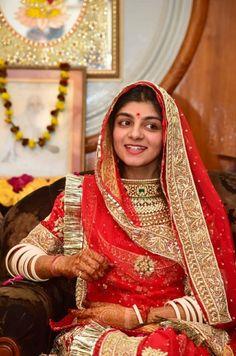 Indian Bridal Outfits, Indian Bridal Fashion, Rajput Jewellery, Rajasthani Dress, Bridal Lehenga Choli, Saree, Rajputi Dress, Royal Dresses, Bridal Photoshoot