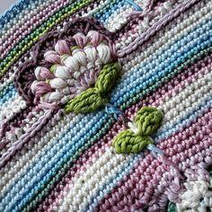 @Regrann from @irene_ltd -  Good Morning!  #sophiesuniverse #crochet #haken #crochetaddict #haakverslaafd #hekle #virka #virkning #häkeln #crochê #croché #ganchillo #uncinetto #handmade #mormorsrutor #craftastherapy #instacrochet #crochetersofinstagram #örgü #diy #yarn #yarnaddict #colourful #colours #drops #dropsmuskat #dropsgarn #garnstudio by annaluciadu