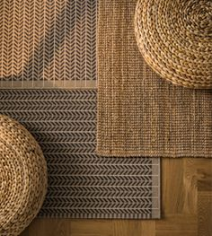 Woven rugs and stools Spa Interior, Interior Exterior, Interior Decorating, Mood Board Interior, Fall Home Decor, Autumn Home, Designer Bed Sheets, Ikea Rug, Modul Sofa
