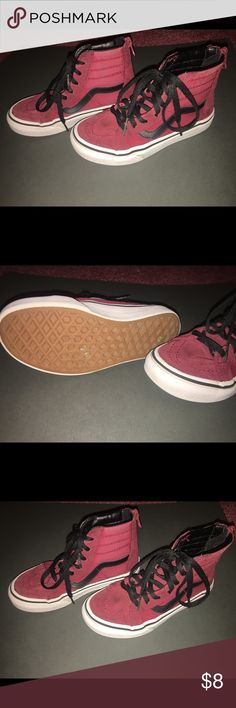 Vans size 12 kids Nearly new! My son outgrew these so quickly. Shoes Sneakers