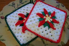 -POINSETTIA Crocheted Potholders pr by ChersCrochetCreation on Etsy