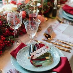 Thanksgiving Decorations, Table Decorations, Red Color Schemes, Tablescapes, Table Settings, Inspiration, Furniture, Home Decor, Biblical Inspiration