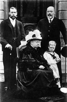 royal-world: Three Kings and one Queen - Queen Victoria with her son Bertie (future King Edward VII), grandson George (future King George V) and her great-grandson David (future King Edward VIII). Queen Victoria Prince Albert, Victoria Reign, Victoria And Albert, Edward Viii, Edward Albert, Henry Viii, Tsar Nicolas Ii, Reine Victoria, Queen Victoria