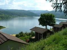 Lacul Cincis  Cincis Lake is located 8 km from the city of Hunedoara. It covers an area of 867 acres and it is located in the heart of the village with the same name, which  was moved to a nearby hill to allow the creation of the accumulation lake in 1962.