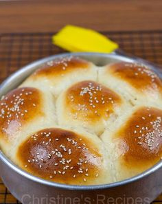 These Japanese Style Coconut Custard Buns taste really superb. The bread texture is soft and fluffy and the filling is full of coconut aroma.