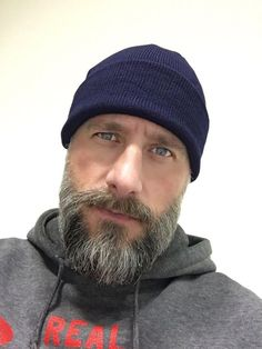 Blue eyes and beard. Goatee Beard, Grey Beards, Bald Men, Beard Lover, Awesome Beards, Beard Care, Hair And Beard Styles, Great Hair, Bearded Men