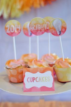 BRIGHT FUTURE THEMED GRADUATION PARTY FOR A GIRL