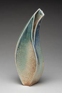 Hand Built Pottery, Slab Pottery, Pottery Vase, Ceramic Pottery, Ceramic Pots, Ceramic Clay, Stoneware Clay, Slab Ceramics, Pottery Sculpture