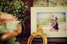 Muitas fotos dos noivos para compor a decoração do casamento