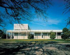 Renzo Piano's Menil Collection Wins the 2013 AIA Twenty-five Year Award
