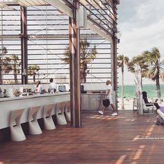 We want to stand up the event in outdoor next to the beach venue Fresh and chill atmosphere