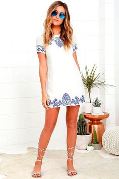A cute juniors or women's shift dress is an easy, breezy look perfect for a cocktail party or a summer brunch. Find the newest casual shift dresses at Lulus. Cute Dresses, Casual Dresses, Short Sleeve Dresses, Summer Dresses, Short Sleeves, Maxi Dresses, Party Dresses, Floral Dresses, Beach Dresses