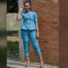 Latest Ankara Dress Styles - Loud In Naija Ankara Dress Styles, Latest African Fashion Dresses, African Fashion Ankara, African Dresses For Women, African Print Dresses, African Print Fashion, Africa Fashion, African Attire, Shweshwe Dresses