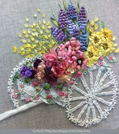 Wonderful Ribbon Embroidery Flowers by Hand Ideas. Enchanting Ribbon Embroidery Flowers by Hand Ideas. Types Of Embroidery, Learn Embroidery, Silk Ribbon Embroidery, Embroidery For Beginners, Embroidery Stitches, Embroidery Patterns, Hand Embroidery, Crazy Quilting, Flower Cart
